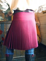 Lady Chrystel kilts from France  Knife pleat dos